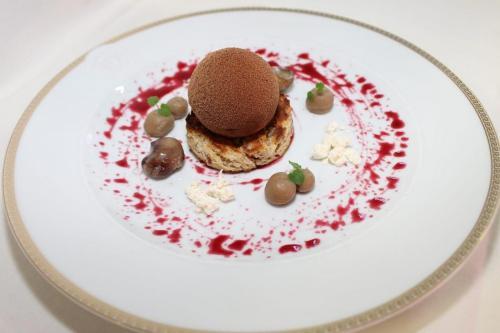 Gänselebermousse Marone -Cranberry- Schokolade